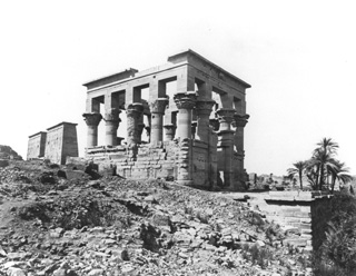 Frith, F. (almost certainly), Philae (1856-60 [The dates of Frith's visits to Egypt.]) (Enlarged image size=38Kb)